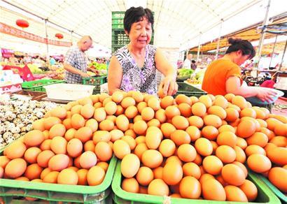 青岛鸡蛋价格涨至每斤5元中秋节前或继续上扬