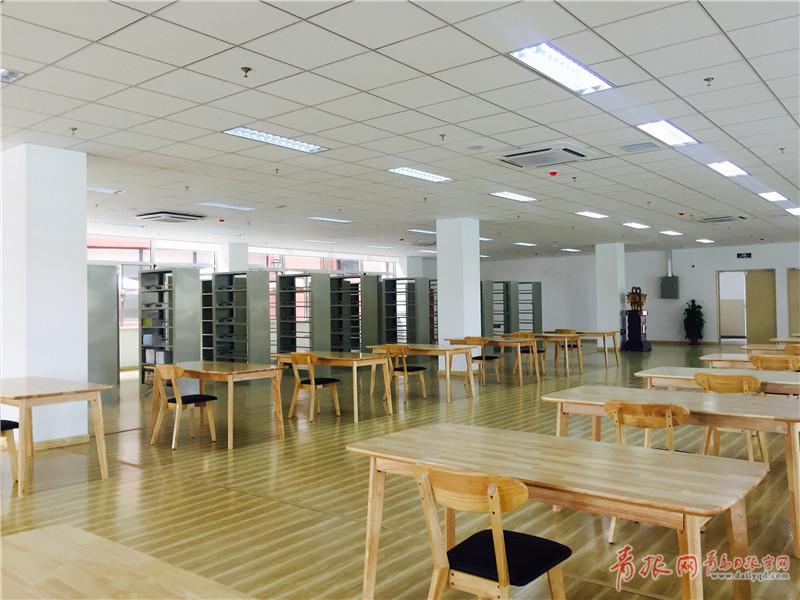 九年一贯制青岛滨海学校启用 市内三区最大