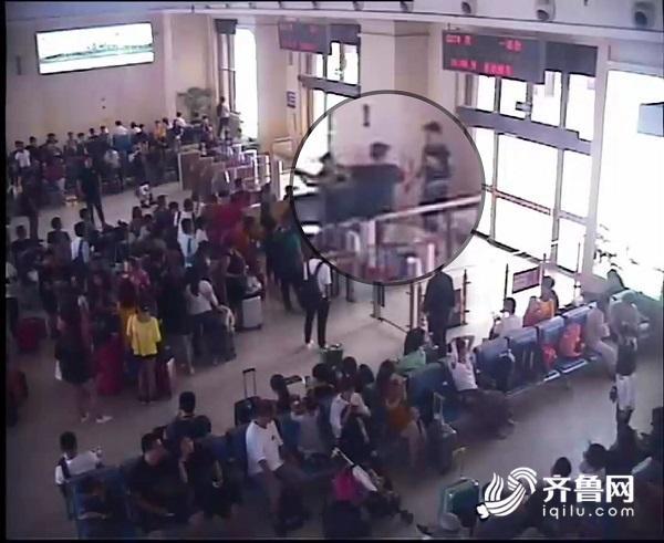 醉酒男子大闹青岛火车站 殴打旅客寻衅滋事被拘留