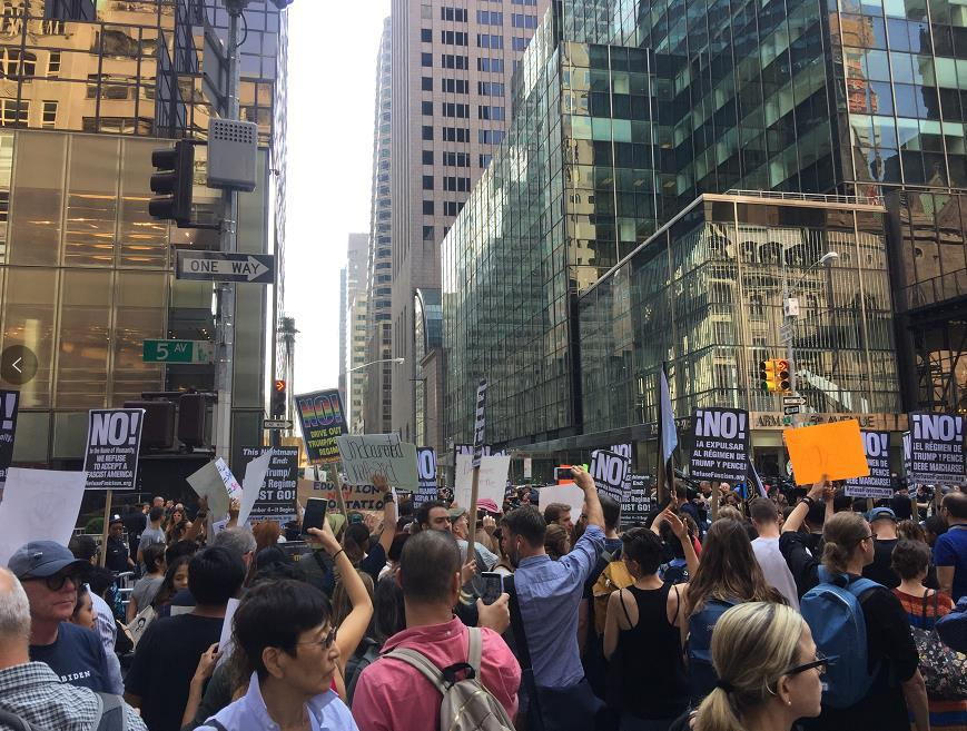特朗普废除DACA计划80万人或遭遣返 纽约爆发抗议