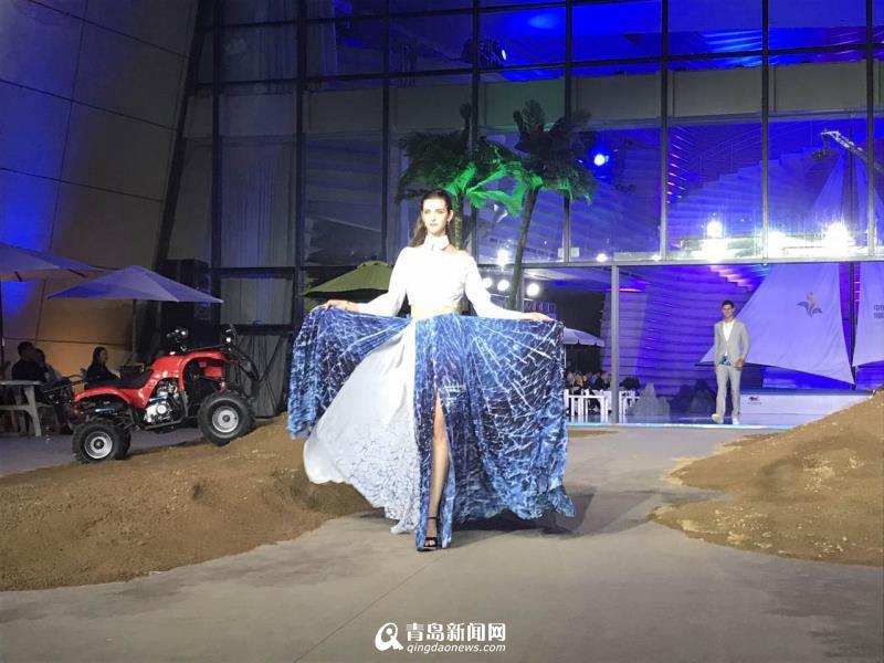 国际海洋时尚节亮相西海岸俊男美女上演T台秀