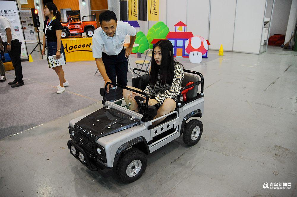 高清:你见过高性能童车吗 续航50公里售2.5万