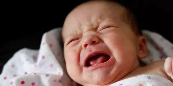 """男孩睡觉时""""命根子""""被毁 只因妈妈开了电热毯"""