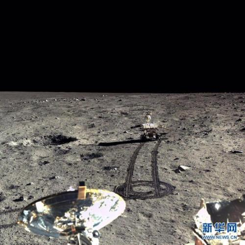 月球是否有水?反射光谱显示月球浅表或含大量水