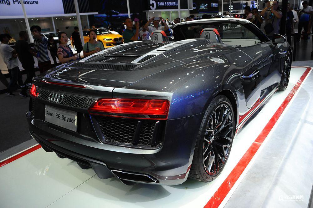 各大品牌多辆新款跑车闪亮登场,奥迪r8spyter,a3cabriolet,宝马4系