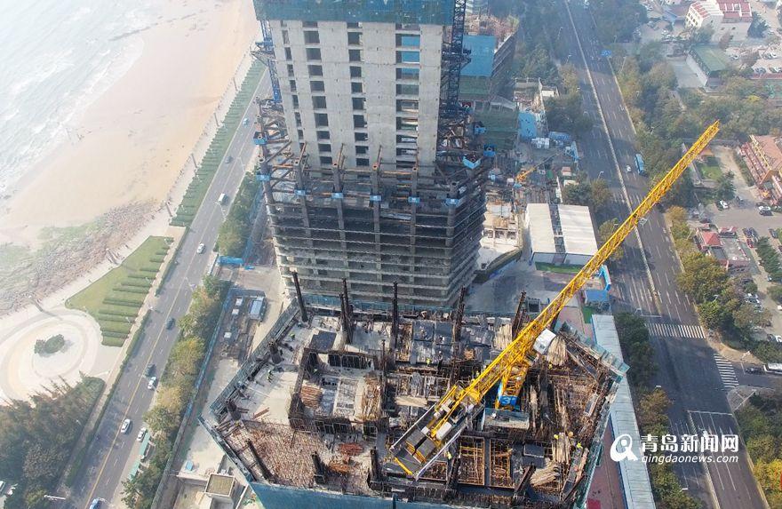 航拍青岛第一高楼 海天中心已破120米高