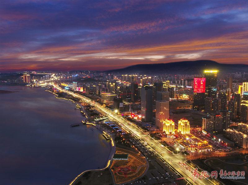"""太美了 西海岸新区照明工程获评""""全球百佳"""""""