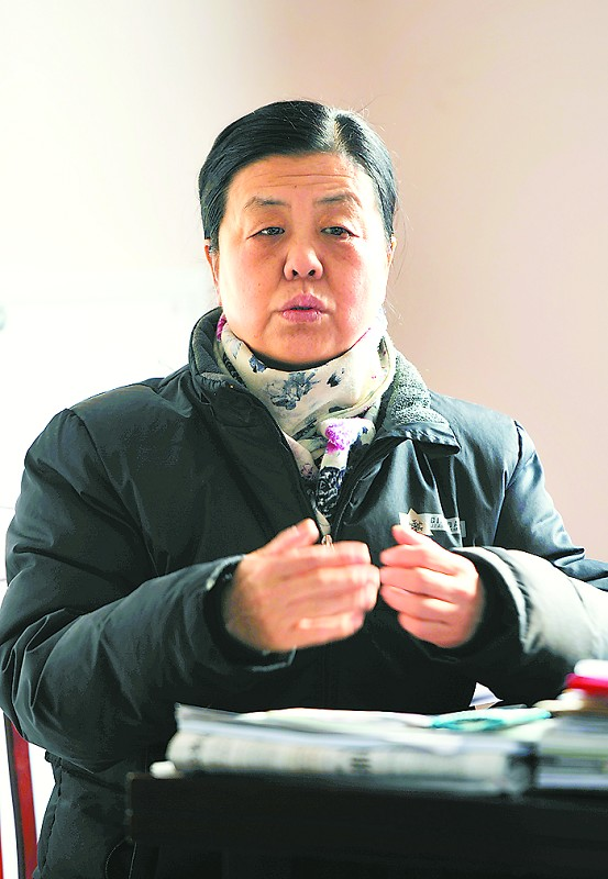 """济南""""小巷总理""""陈叶翠因病去世 居民自发送别"""