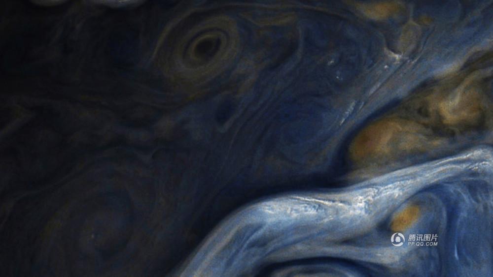 澳门新金沙国际:NASA公布木星图片_蓝色风暴如油画般壮美(图)