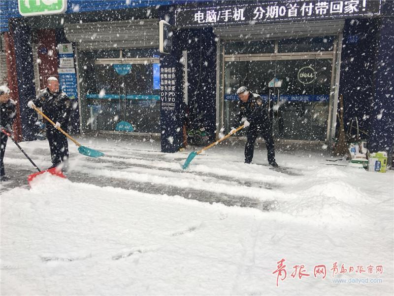 平度都堆雪人!各种类型的雪人你爱哪一款?小雪和柔小高中生图片