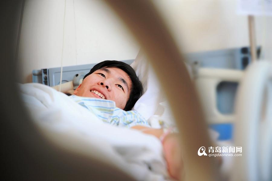 因感冒病危的大学生病情稳定:像睡了一大觉