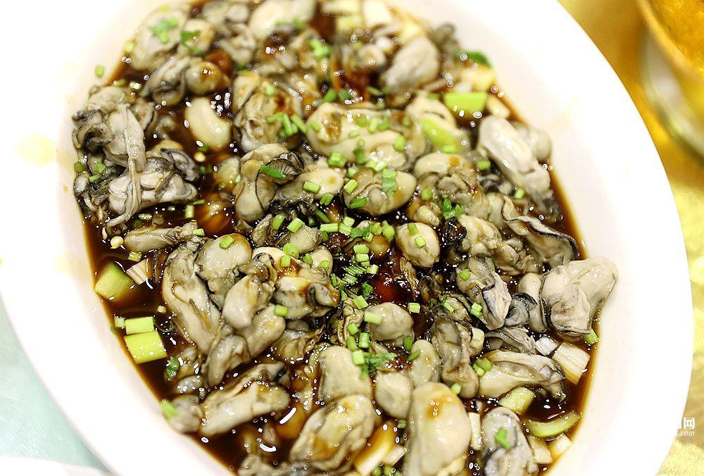 北京赛车6码技巧:高清:又到了啤酒飘香的季节_青岛人夏天最爱这么吃