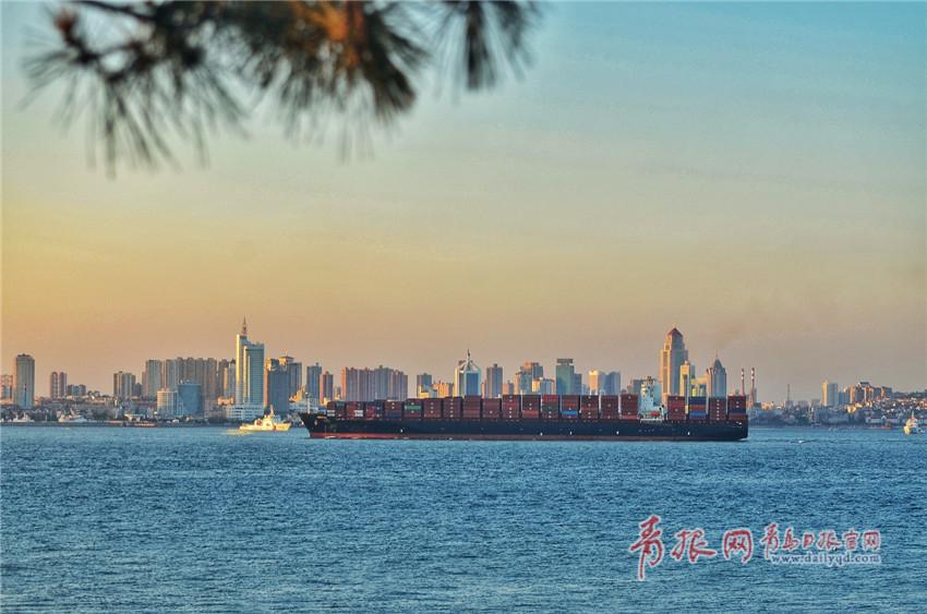 组图:西海岸新区环岛路隔海望青岛 美景如画美不胜收