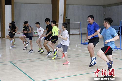 资料图:香港培侨书院学生在北京参加体育专项交流活动。<a target='_blank' href='http://www.chinanews.com/'>中新社</a>发冯靖蓉摄
