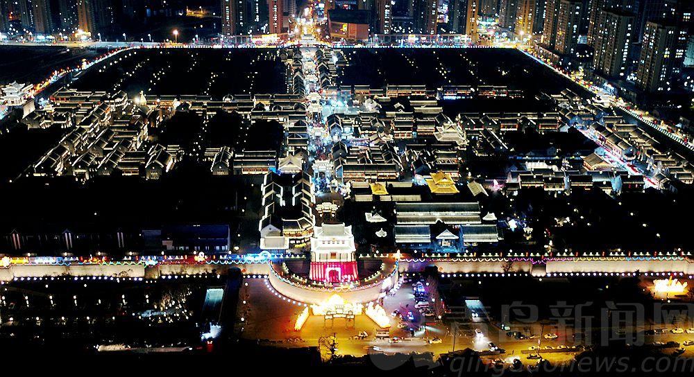 高清:节日即墨古城变身大庙会 吃喝玩乐游样样尽情嗨