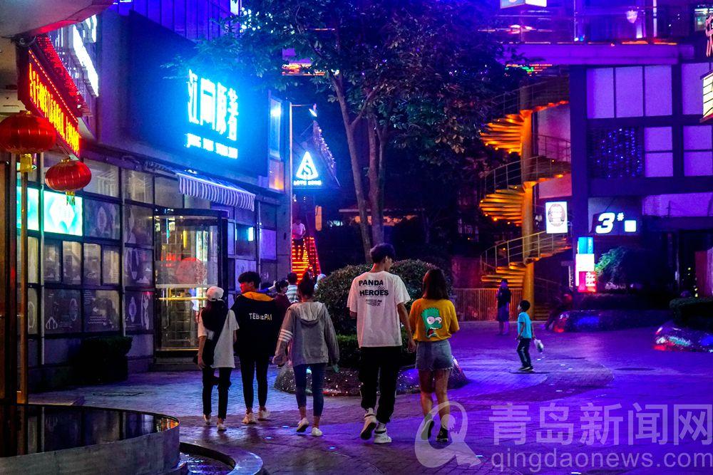高清:在这迷人的晚上 海滨城市青岛夜色多么好