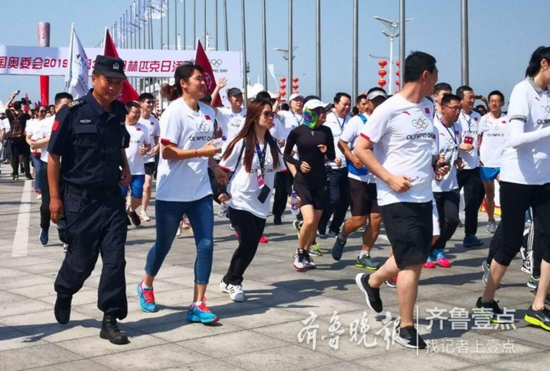奥林匹克日,跟奥运冠军赵蕊蕊一起跑步