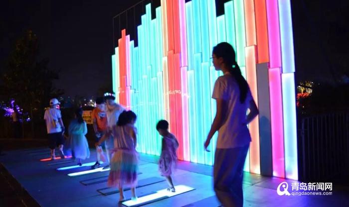 纳客十余万人:青岛赏灯节活力时尚人气爆棚