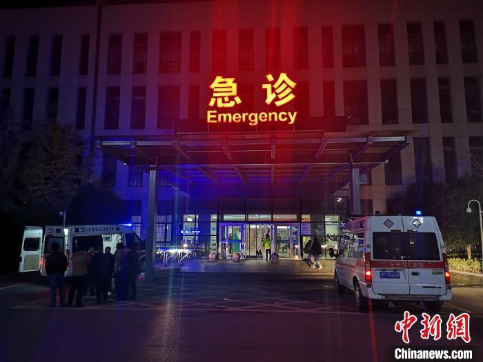 浙江海宁污水罐体倒塌致9死4重伤 失联人员全部找到