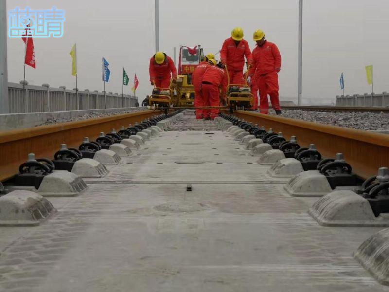 潍莱高铁正式进入铺轨施工阶段 预计明年5月全线铺轨完成