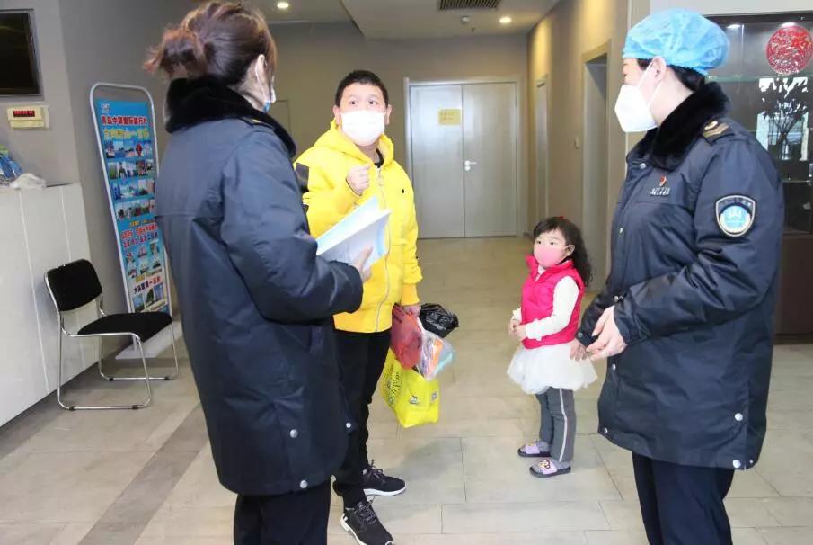 """6天服务1247人,青岛市总工会""""双线""""心理关爱"""
