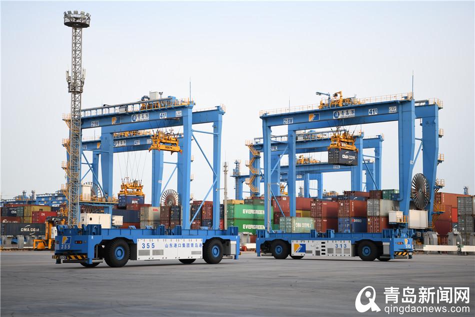 【边防疫边生产】实拍山东港口青岛港设备维保
