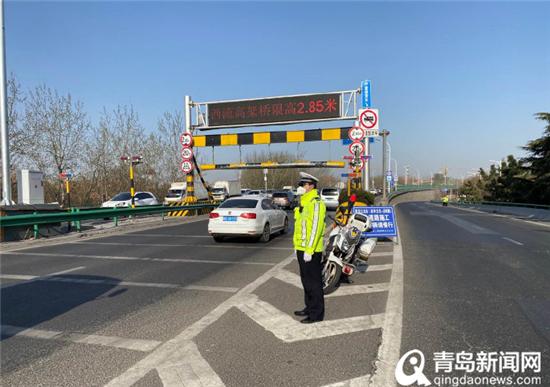 设52处法律站 青岛交警一级勤务确保清明节交通