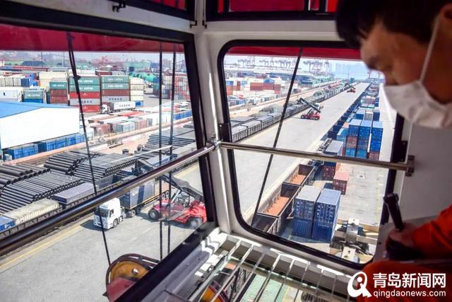 24.25万标箱 山东港口青岛港海铁联运操作量创新高