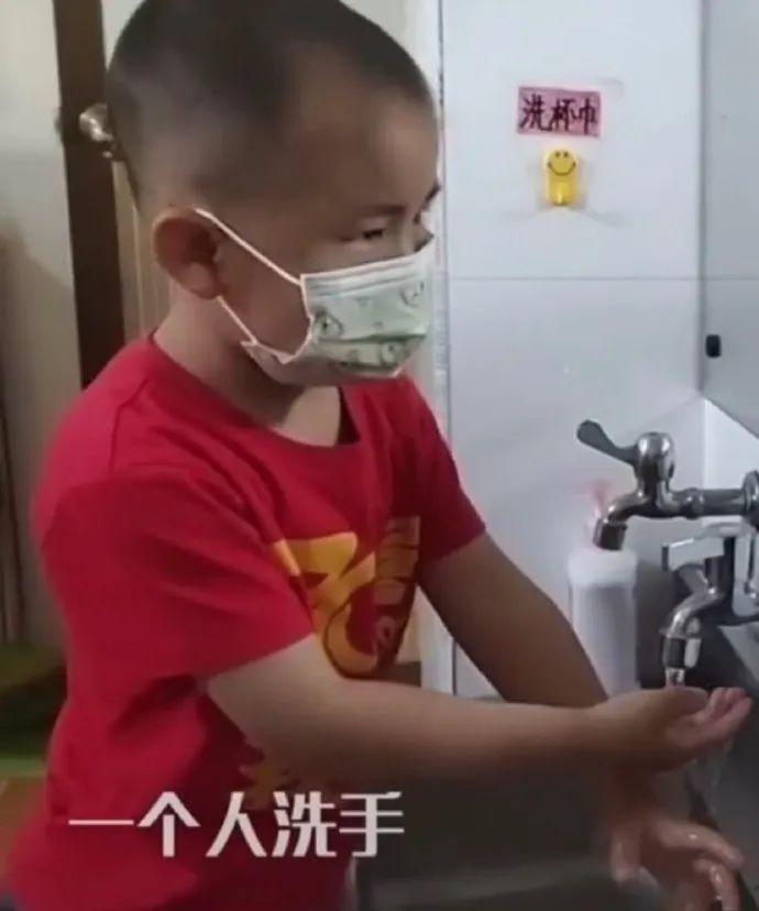 """十级孤独排行_日媒:从""""10级孤独""""看中国年轻人"""