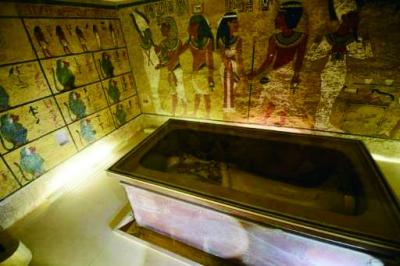 埃及金字塔受宇宙粒子照射