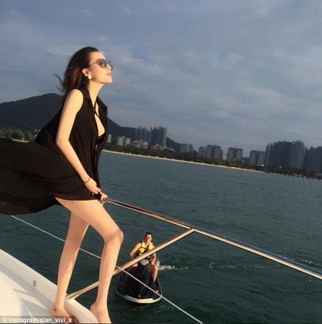 中国富二代美女的生活