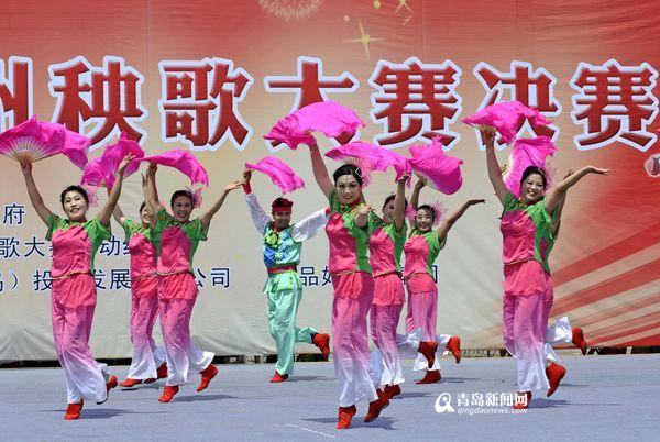 临县答题秧歌对唱_胶州大秧歌扭起来 第四届中国秧歌节25日开幕 - 青岛新闻网