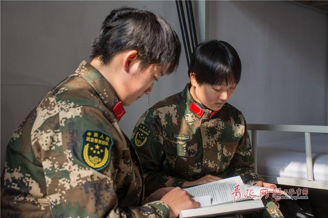 军人战术高清壁纸