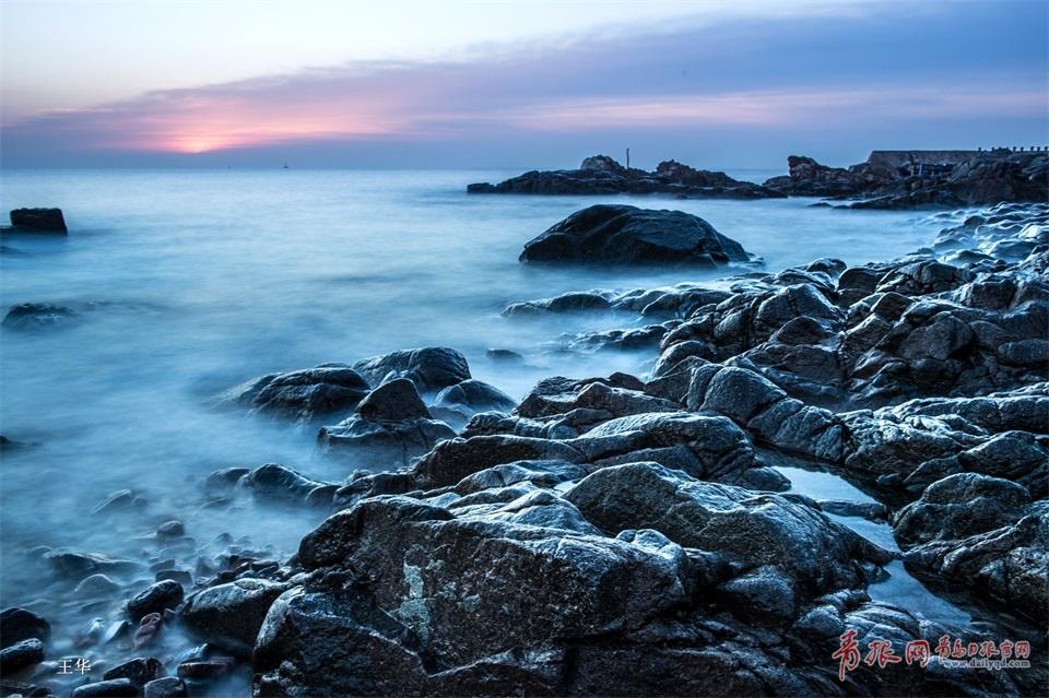 慢速快门中的青岛海岸线 旖旎缱绻如梦似幻(图)