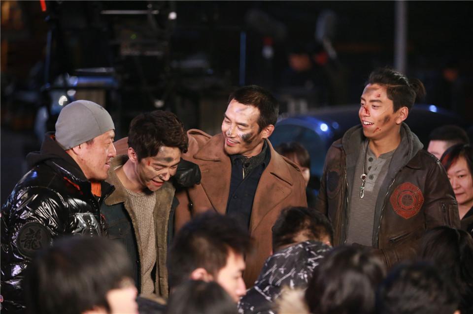 《英雄本色4》青岛开拍 王凯马天宇激烈枪战-最新娱乐新闻-大头快讯