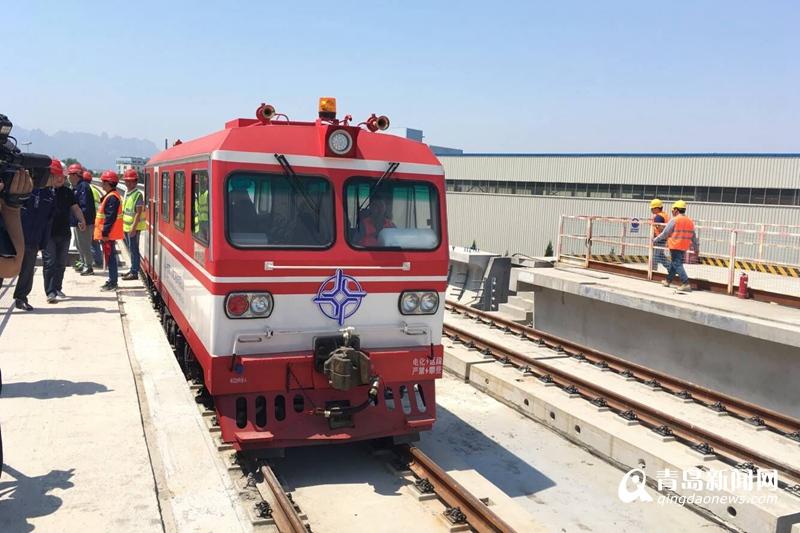 地铁13号线一期高架段轨通 2018年通车