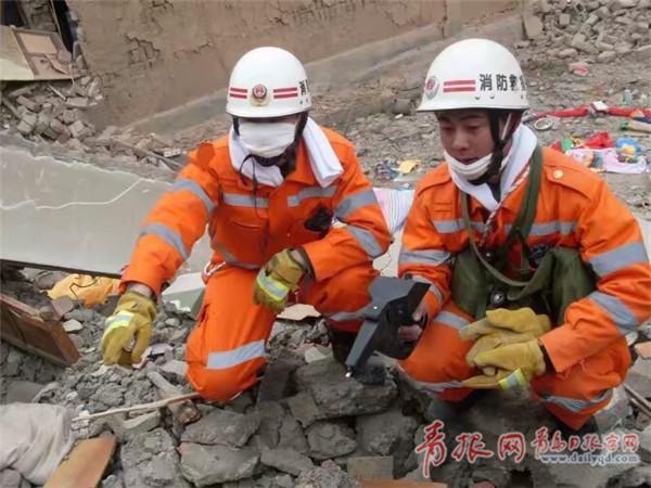 青岛消防硬汉张凯:参与救援三千余次 亏欠家人很多